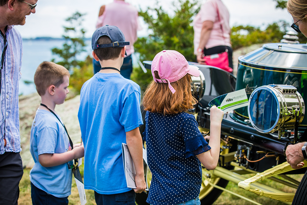 Children at Misselwood car show