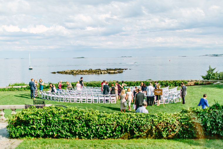 Misselwood Wedding Photo Wedding Ceremony overlooking the ocean