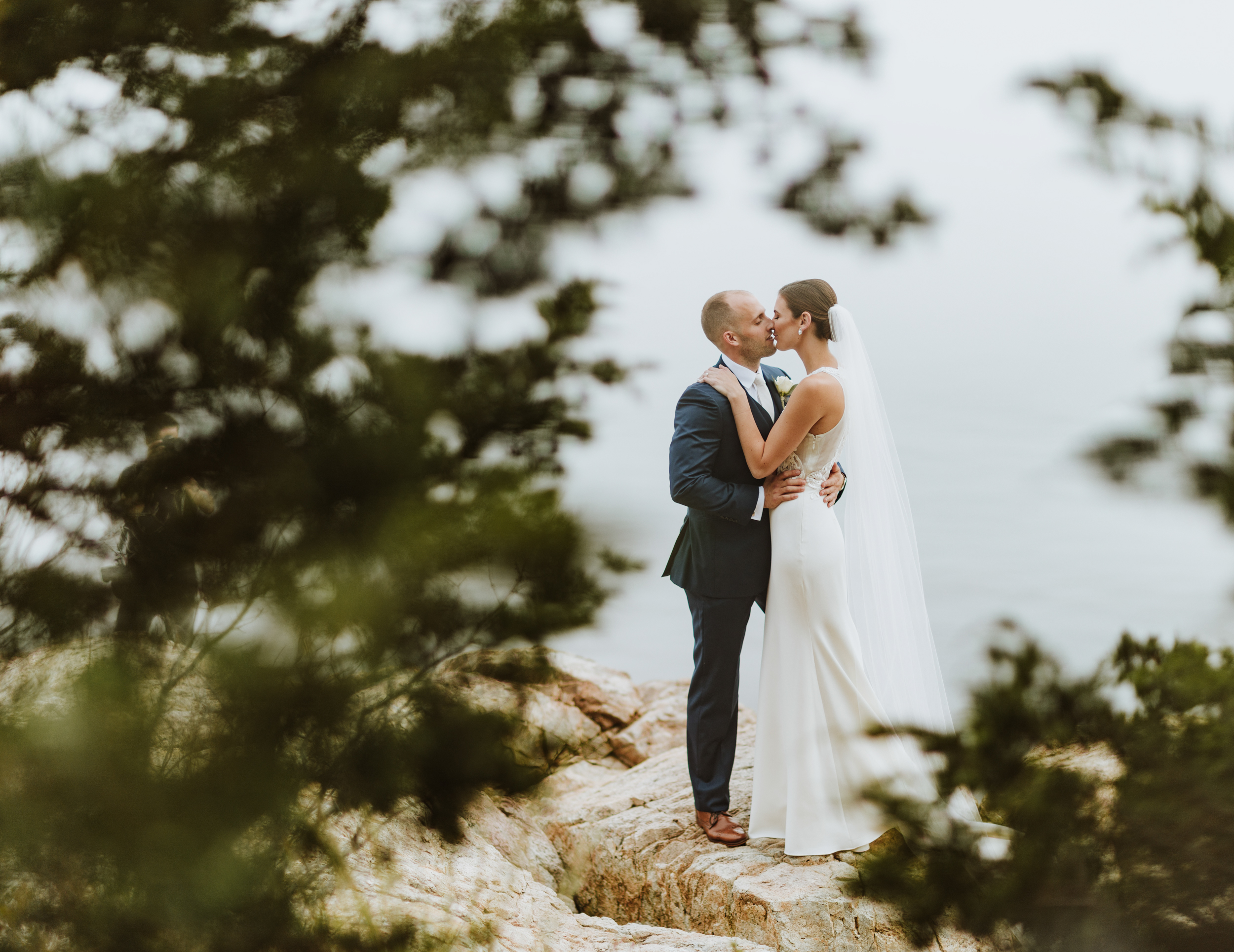Misselwood Wedding Photo Bride and Groom by the ocean